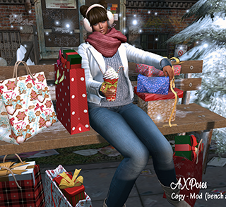Christmas shopping POSE FAIR.png