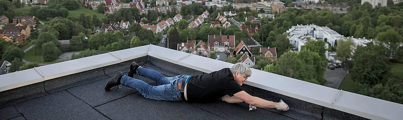 Jon_on_the_roof_1900x567.jpg