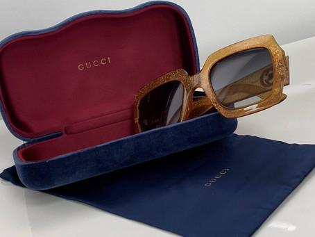 O Smooth 99,8 σας χαρίζει ένα ζευγάρι γυαλιών ηλίου Gucci από τη Delux Hellas