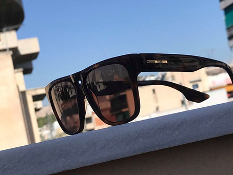 O Smooth 99,8 σας χαρίζει ένα ζευγάρι γυαλιών ηλίου Αlexander Mcqueen από τη deluxhellas