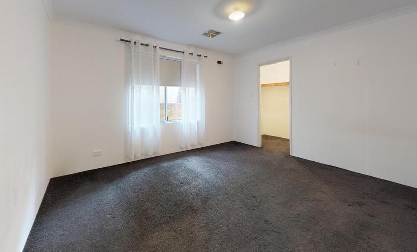 64-Sebastian-Crescent-Bedroom-4.jpg