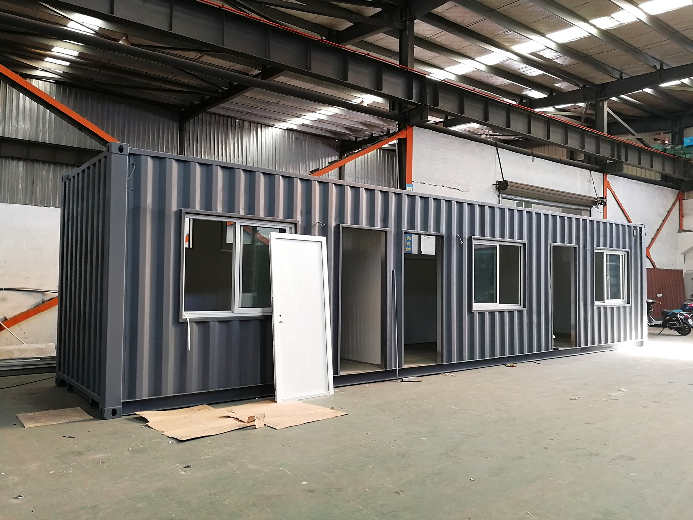 Umbau 40 ft Container zum Büro