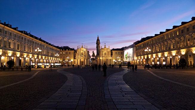 talentieventi-il-salotto-piazza-san-carl