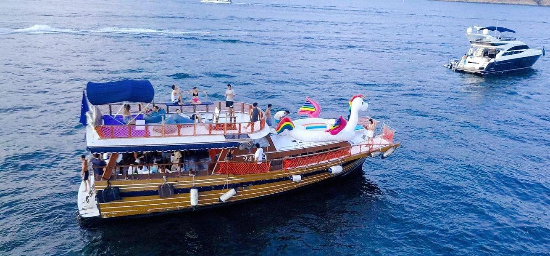 Wesley boat.jpg