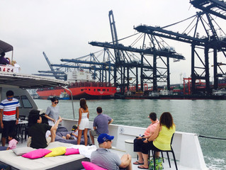 A handy guide to the most popular Hong Kong junk tours and things to do on water