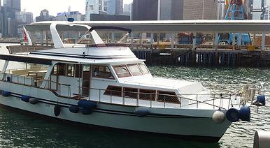 Swanko 30-person Hong Kong junk
