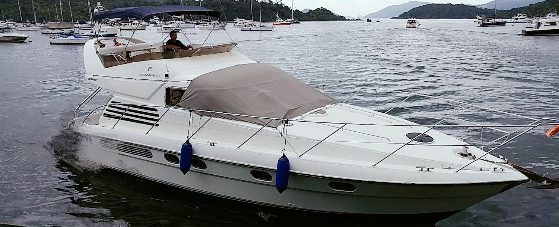 Festive cruiser boat.jpg