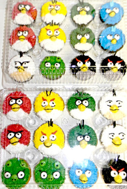 Angry Birds Cupcakes.