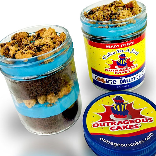 8 oz Cookie Muncher Cake