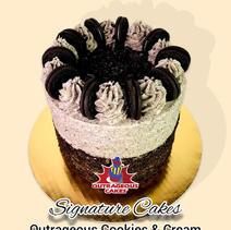 Cookies & Cream Signature Cake