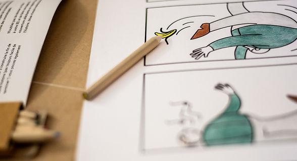 un exemple de la réalisation du kit créatif Bande dessiné Bo'kit. dessins et crayons de couleurs
