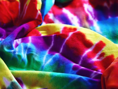 Tendance DIY: réaliser un tie & dye maison!