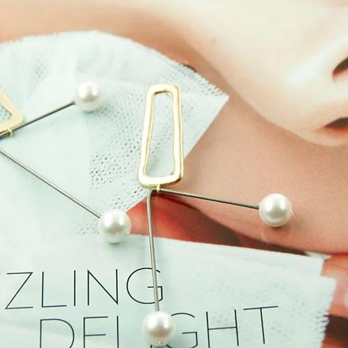 Modern Art Deco 手工鑄造銀針耳飾