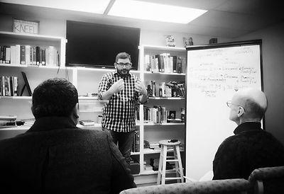 Innstituto bíblico con clases pesenciales y online.