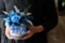 20200205 經典藍圓形三腳桌花-5-19.jpg