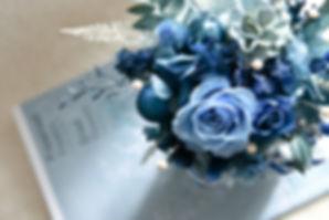 20200205 經典藍圓形三腳桌花-7.jpg