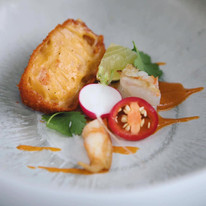 Scampi red curry kroket