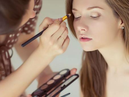 Tips para mantener tu maquillaje intacto toda la noche