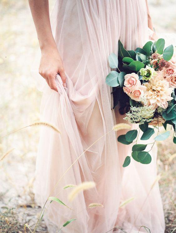 Vestidos de novia rosados