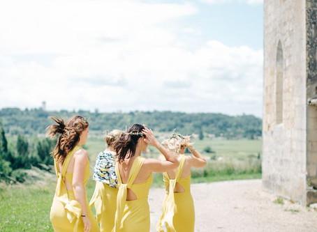 Invitadas que se atreven a usar amarillo