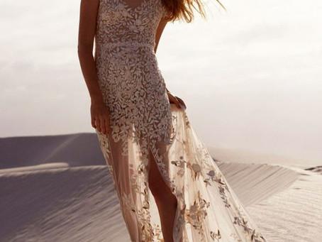 20 Vestidos de novia para un matrimonio en la playa