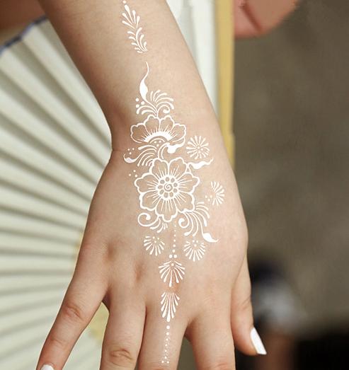 Tatuajes temporales novias