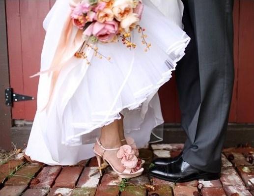 Zapatos de colores novias