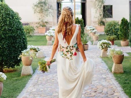 Vestidos de novia con flores bordadas
