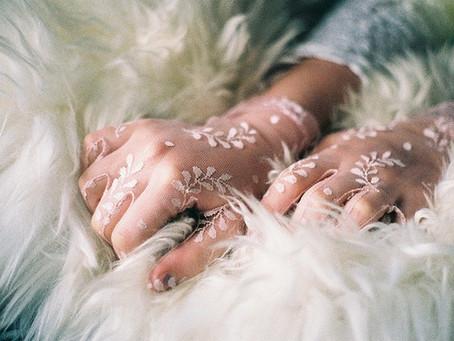 Guantes de novia: Una tradición olvidada