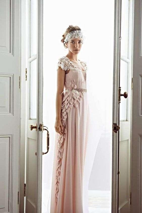 espectacular-vestido-en-palo-rosa-yahel-waisman