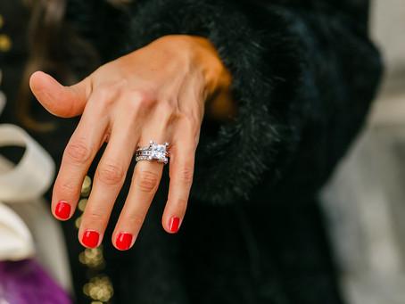 Descubre el tipo de anillo de compromiso que va más contigo