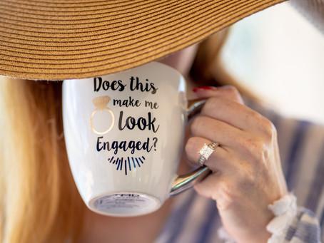 Por qué el anillo de compromiso se usa en el dedo anular
