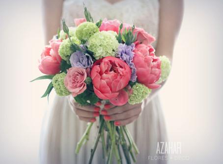 Azahar Flores: Ramos y decoración floral de tradición familiar