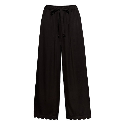 Underprotection Jane Scallop Pant in Black