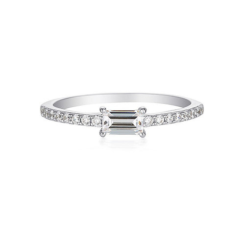 MIKA BAGUETTE RING
