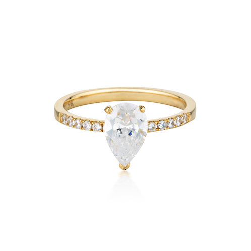 Pear Cut and Round Brilliant 1.5ct Engagement Ring in Gold