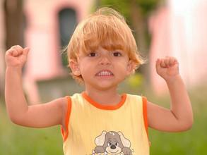 Rozładowywanie napięć emocjonalnych u dzieci. Reagować czy ignorować?