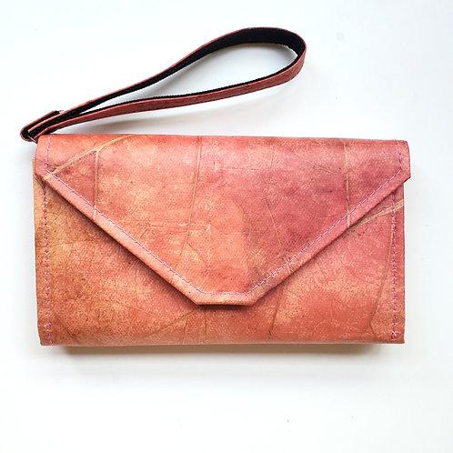 LEAFII - Claire Convertible Clutch in Pink
