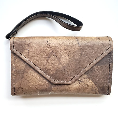 LEAFII - Claire Convertible Clutch in Umber