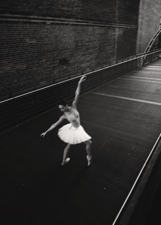 Ballerina  - Jenny Schmidt