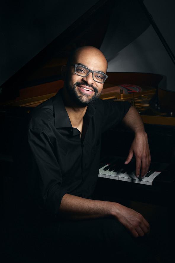 Moisés Mattos -  Pianist