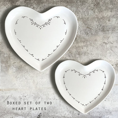 East of India Set of 2 Heart Plates