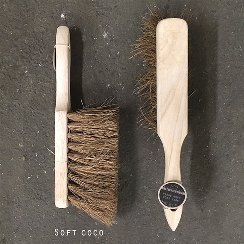 East of India Brush - Soft Coco