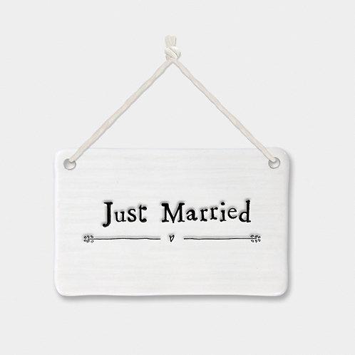 Porcelain Sign Just Married
