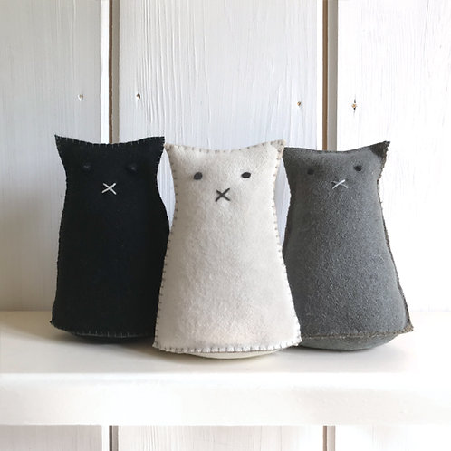 East of India Felt Standing Cats - Various Colours