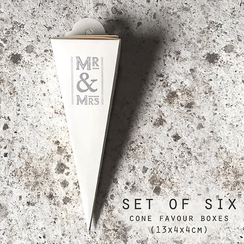 East of India Mr and Mrs Cone Favour Boxes