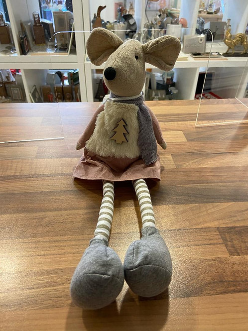 Sitting Mouse with Dangling Legs