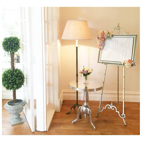 Decorative Guest Seating Board