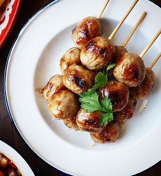 #แป๊ะปิยะพง grilled pork meat balls on s