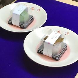 ひな祭りの菓子(草餅・桜餅).jpg